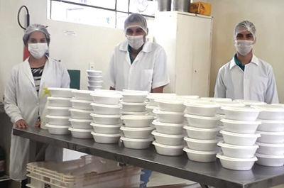 """Escola de Agronomia Solidária: Projeto """"Alimentos em Ação"""""""