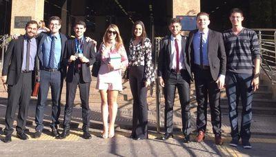 Estudantes da UFG na IV Olimpiada de direito jurídico