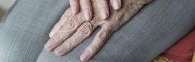 Mãos de idosa Foto: Creative Commons CC0 (7)