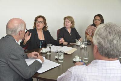gabinete reunião saúde