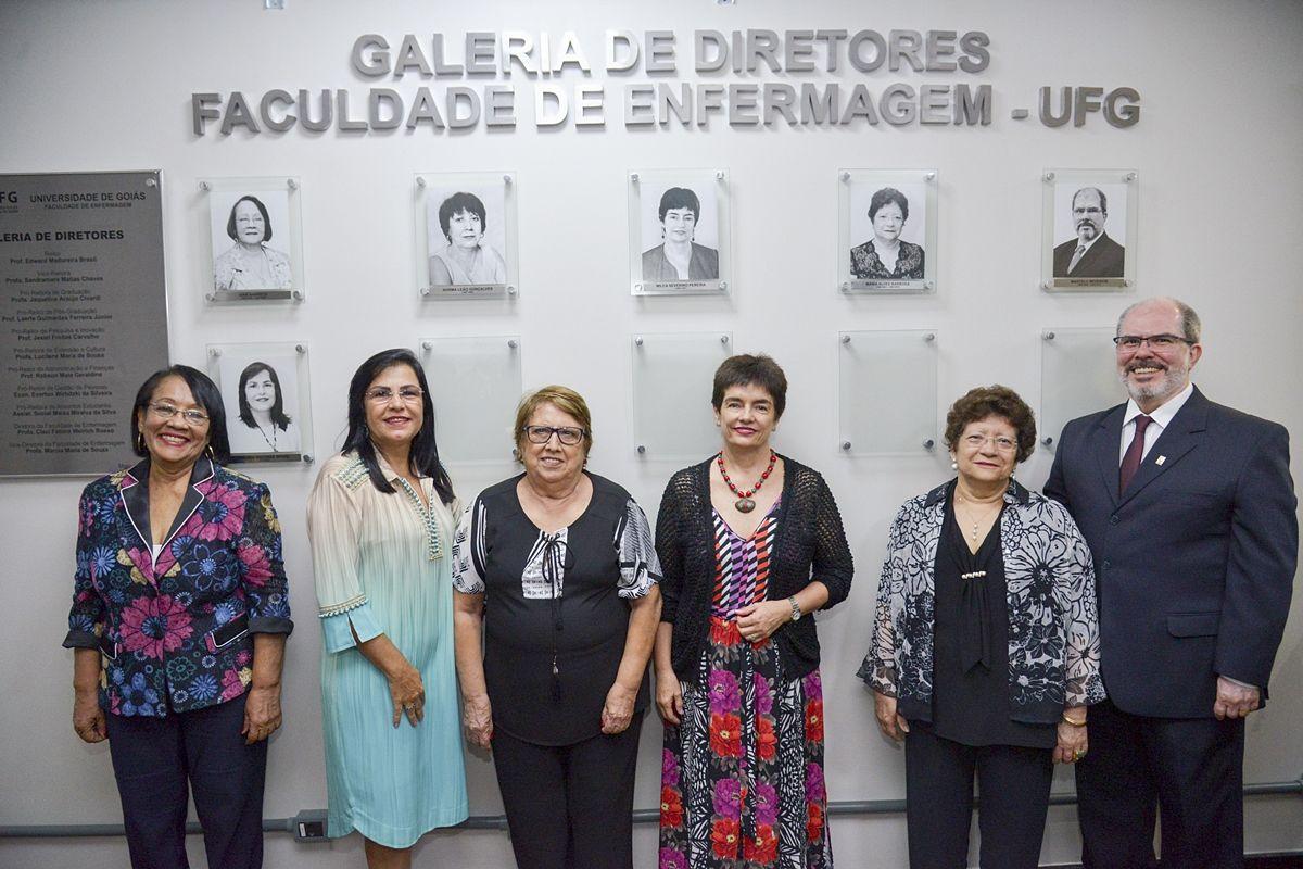Inauguração galeria Fen