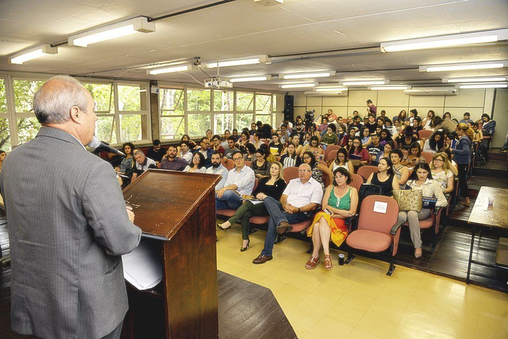 Wilson Bueno abre 3º Seminário Comunicação Pública e Cidadania