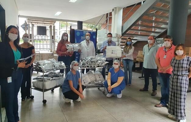 hospital-das-clinicas-da-ufg-recebe-mascaras-aventais-e-alcool-gel.jpeg