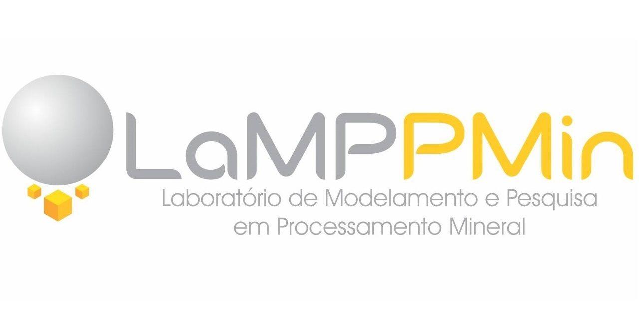 Logo branco vertical Pt-BR 1280x640
