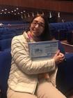 Professora Anaclara segura Placa de Poster premiado