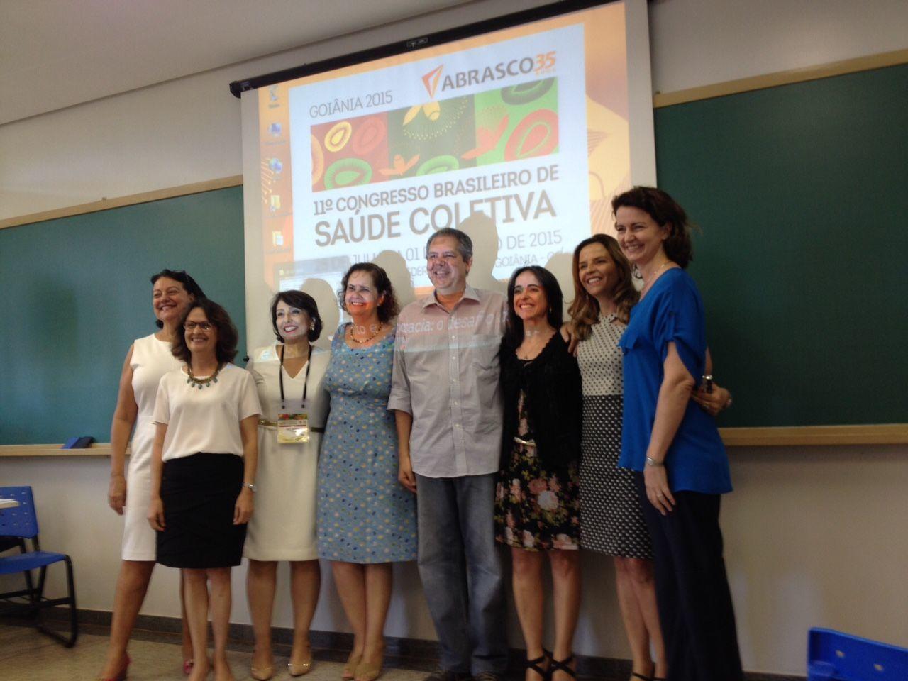RGPTB n o 11º Congresso Brasileiro de Saúde Coletiva/ABRASCÃO - 2015
