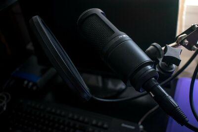 Radiodifusão (banco de imagens)