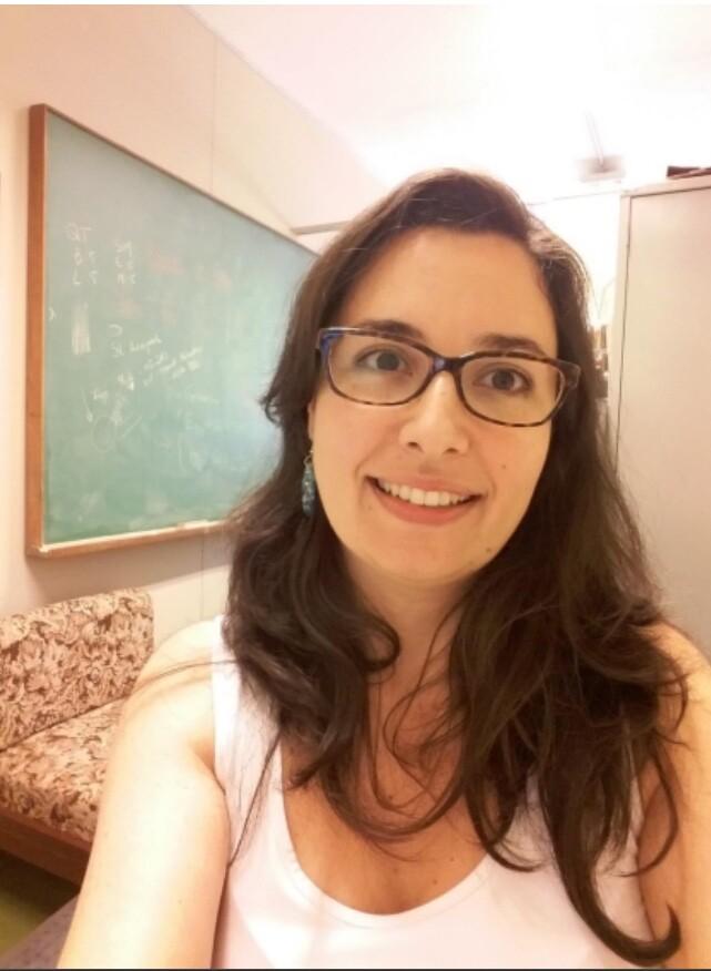 Cássia Marquezin