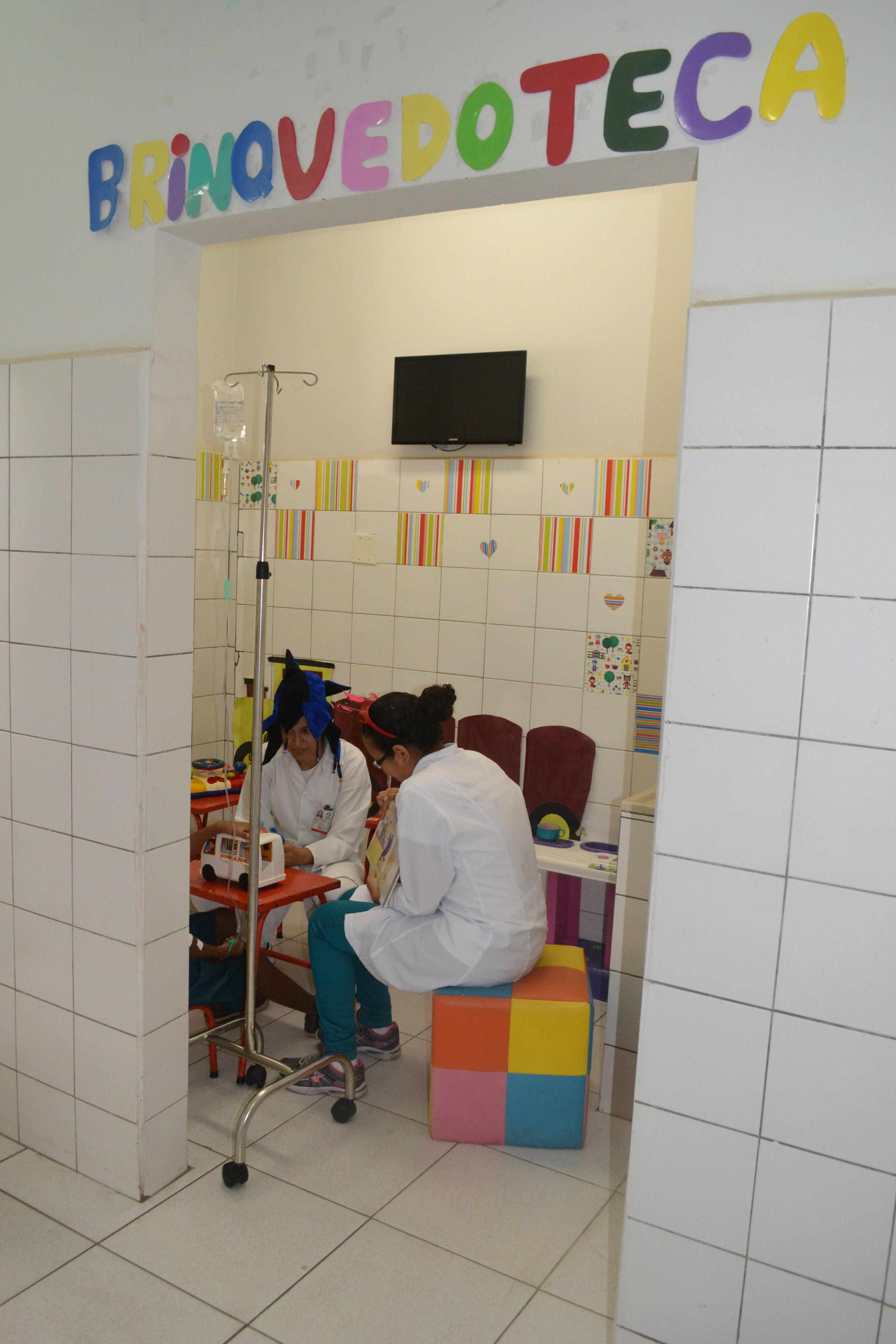 UFG - Jornal Online - Brinquedoteca Hospitalar: Diversão é ...