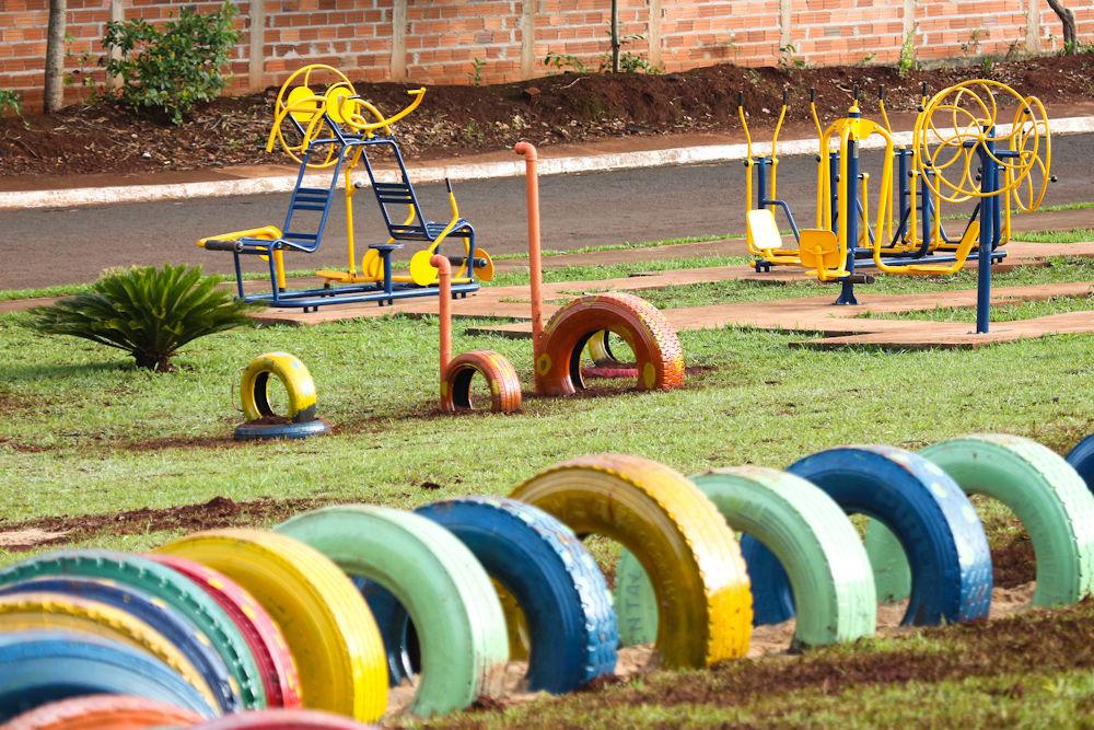 Populares UFG - Jornal Online - Estudantes da Regional Jataí constroem parque UL32