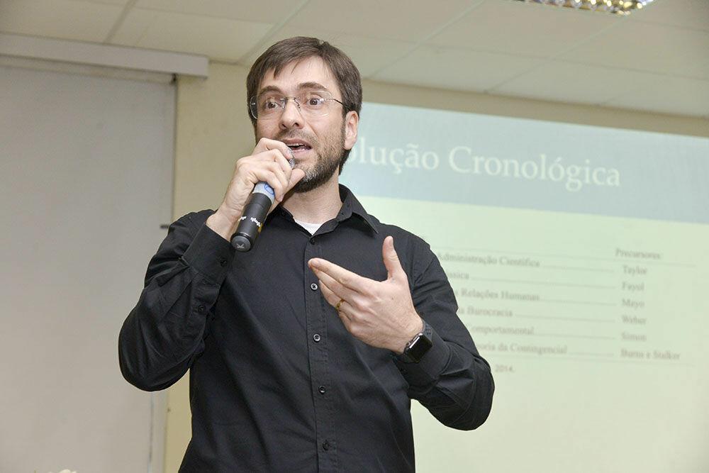 Edward Guimarães