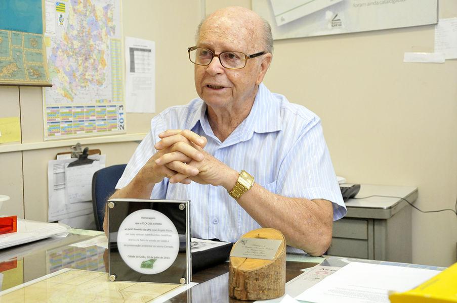 Professor José Ângelo Rizzo