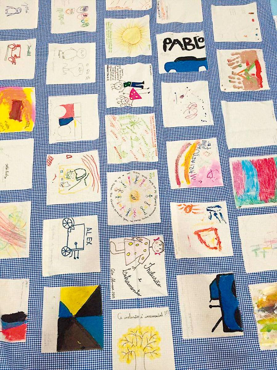 Toalha foi resultado de uma atividade desenvolvida por Andréa Hayasaki entre professores e alunos