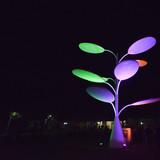 Arvore fotovoltaica noite