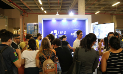 Stand da UFG na Campus Party Goiás