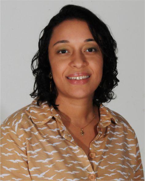Laura Vilela Rodrigues Rezende | Biblioteconomia